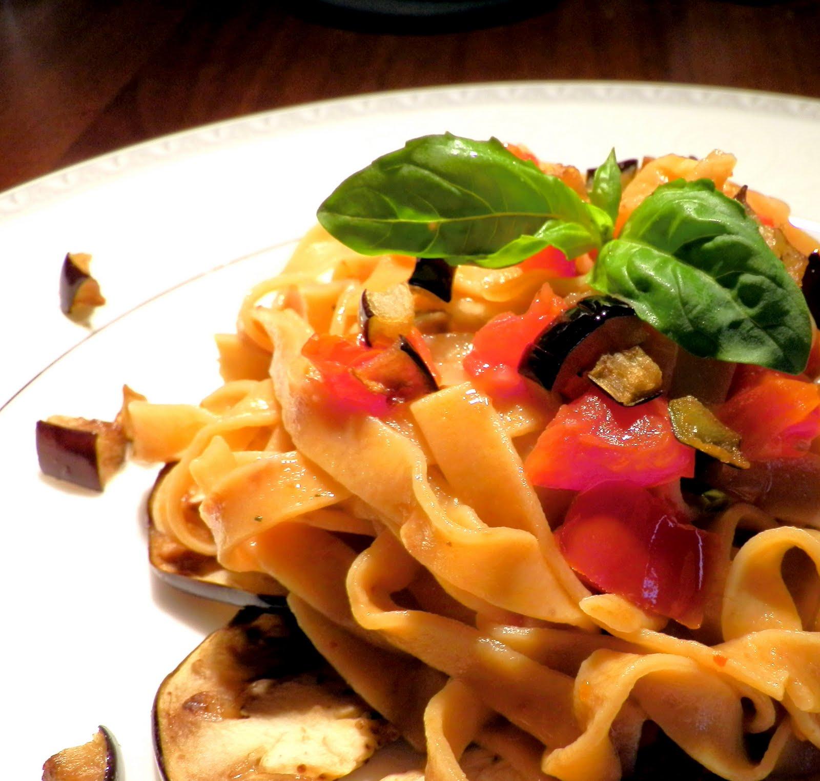 Ricetta Spaghetti Alle Uova E Melanzane – Primo