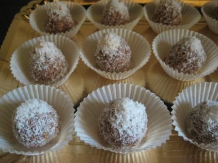 Ricetta Palline Di Castagne Ricoperte Di Nutella – Dessert
