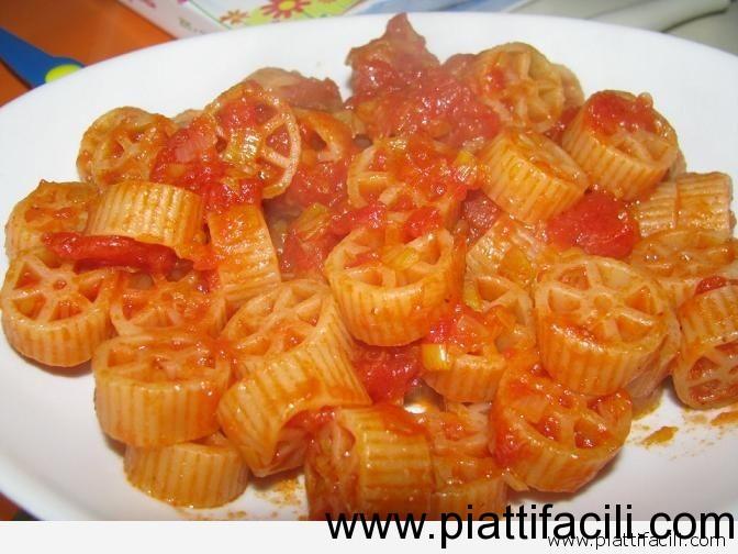 Ricetta Porri Al Pomodoro – Contorno