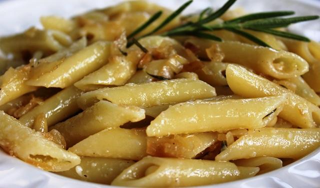 Ricetta Penne Al Rosmarino (2) – Primo