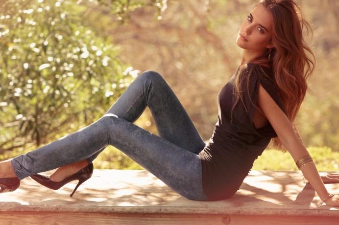 Cosa indossare con i leggings di jeans