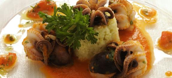 Ricetta polipi con timballo di riso pesce donne magazine for Pesce chicco di riso