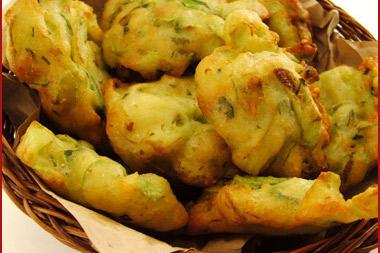 Ricetta Frittelle Con Fiori Di Zucchine – Dessert