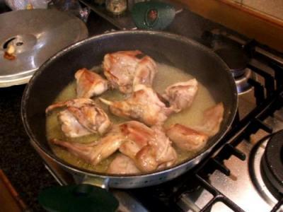 Ricetta Spezzatino Di Coniglio Alle Acciughe – Carne