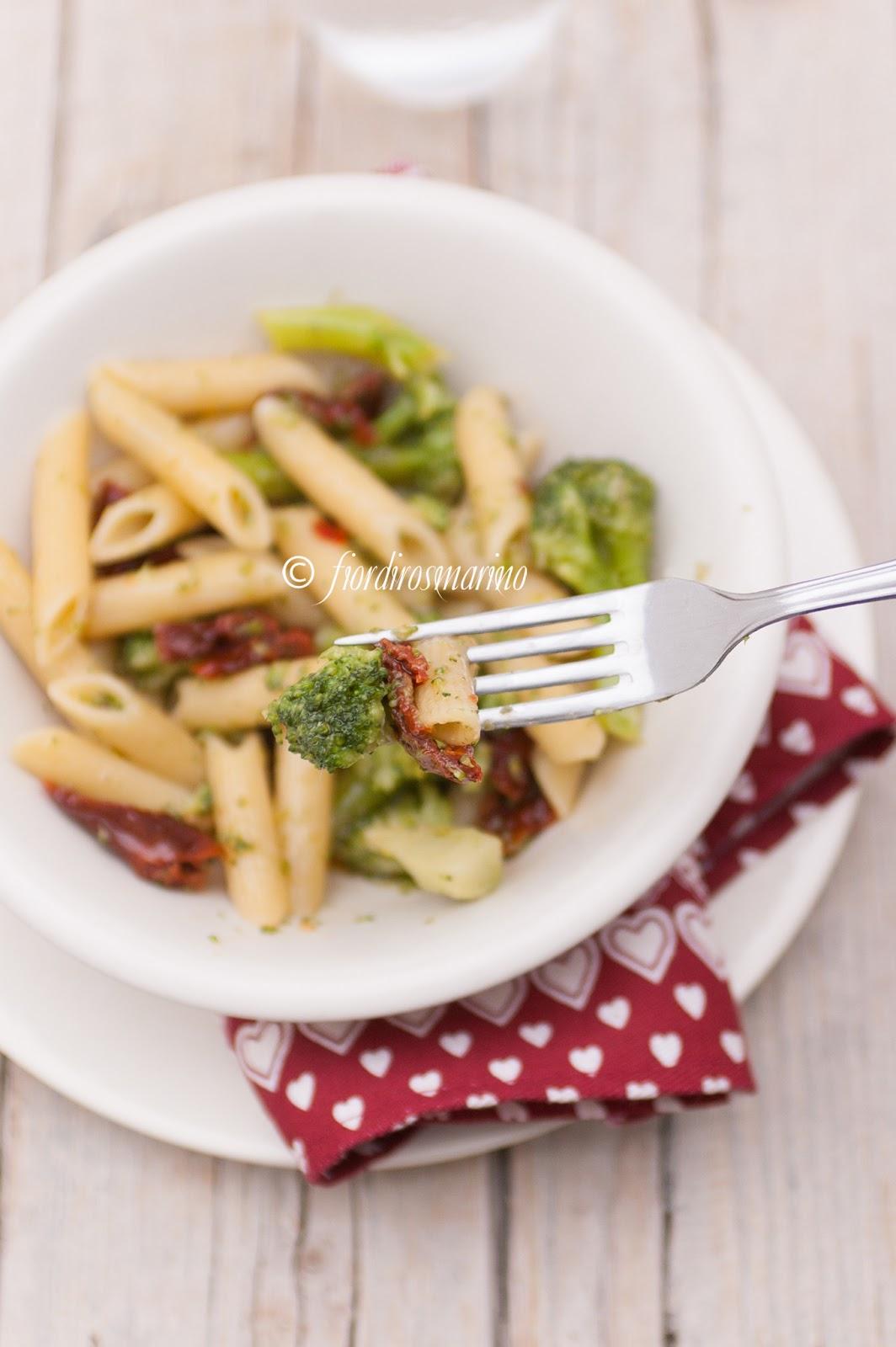 Ricetta Rigatoni Pomodorini, Broccoletti E Ricota Salata – Primo
