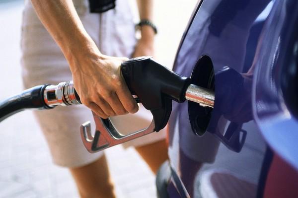 Come fare benzina con il self service