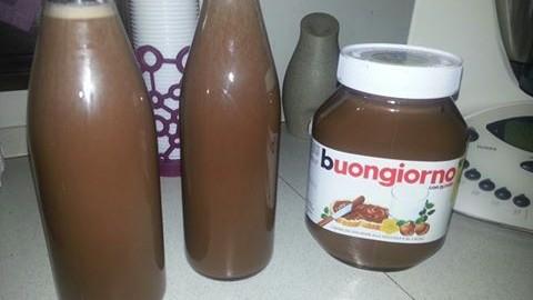 Liquore fatto in casa alla Nutella