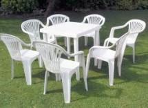 Come pulire le sedie in plastica