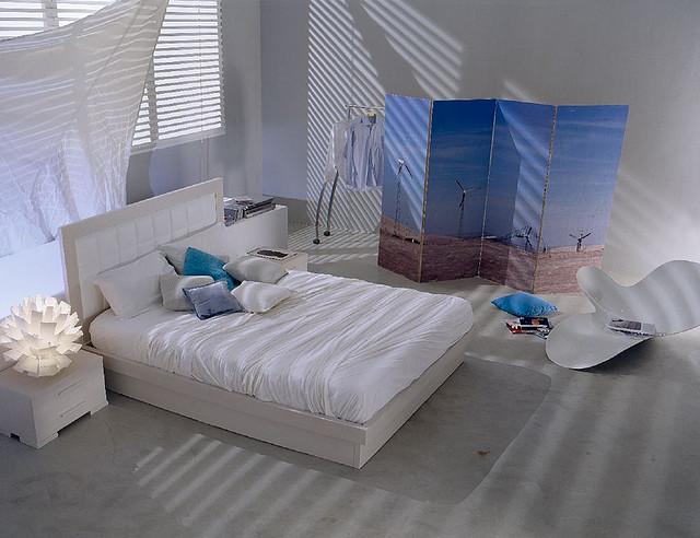 Come arredare una camera da letto piccola donne magazine for Arredare una camera matrimoniale piccola