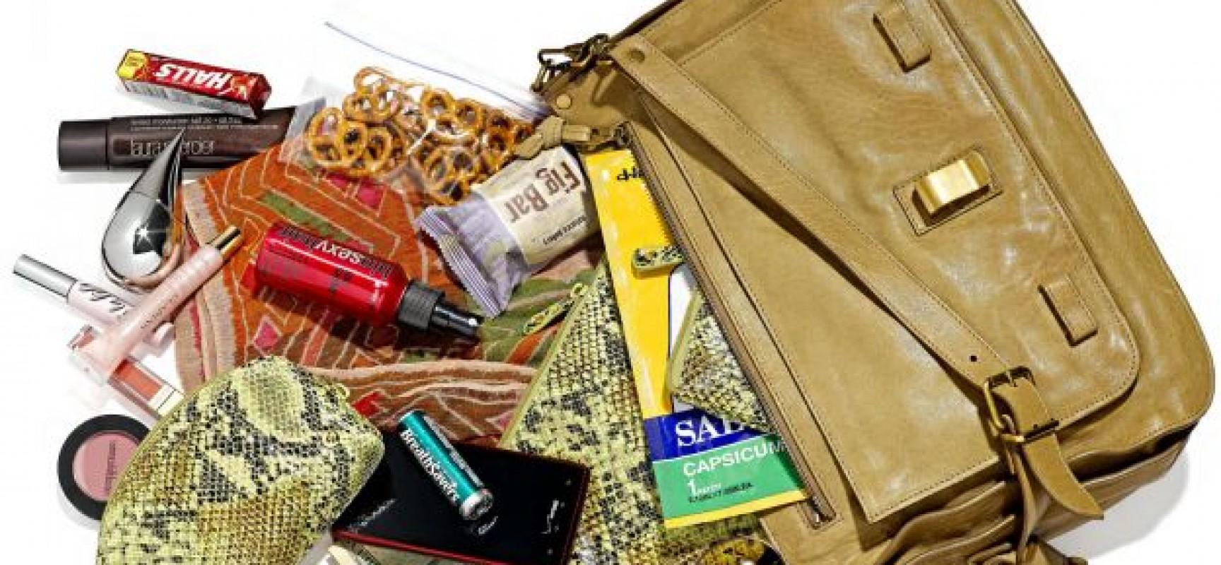 10 oggetti da tenere in borsa