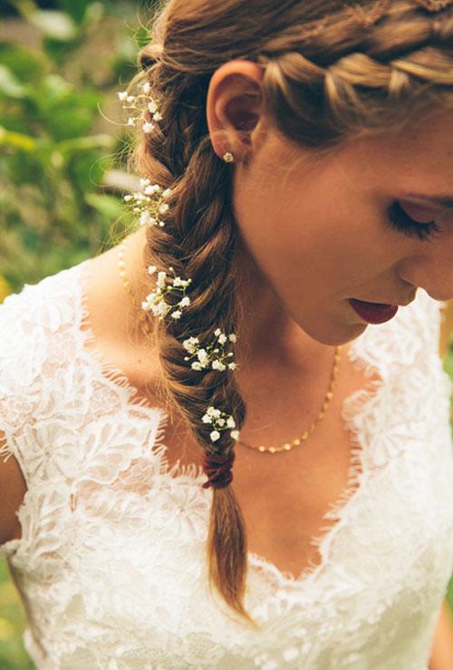 Tre acconciature raccolte per la sposa d'autunno