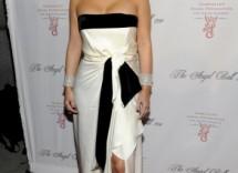 abito bianco e nero di kim kardashian