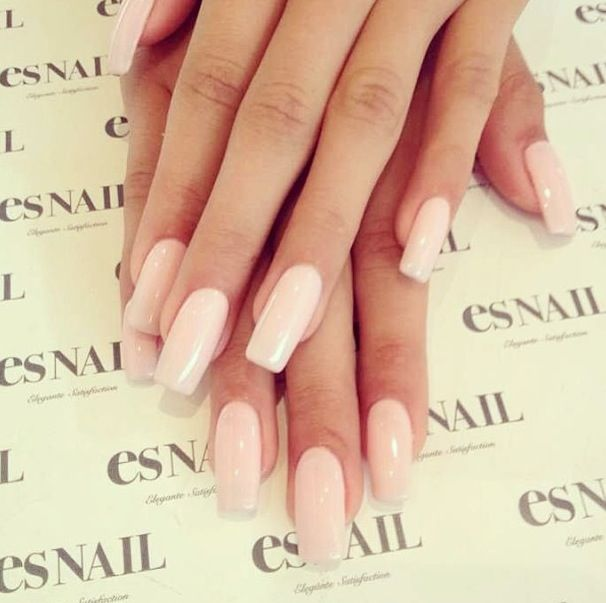 Come fare manicure nude