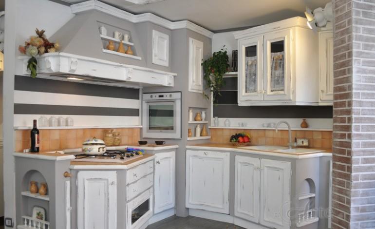 Lampadari per cucina stile moderno - Pitturare mobili cucina ...