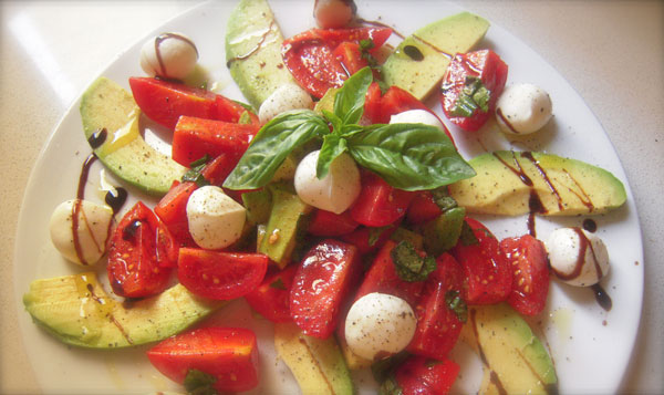 Ricetta Insalata di avocado e pomodori