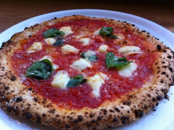 Quante calorie ha una pizza?