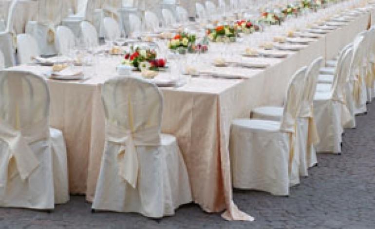 Disposizione ai tavoli del matrimonio - Donne Magazine