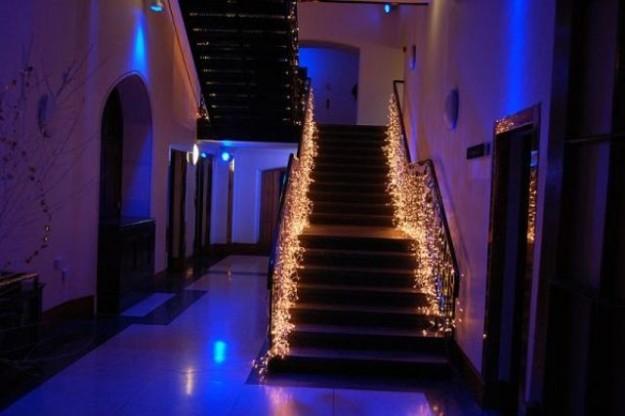 Come decorare la casa con le luci di Natale