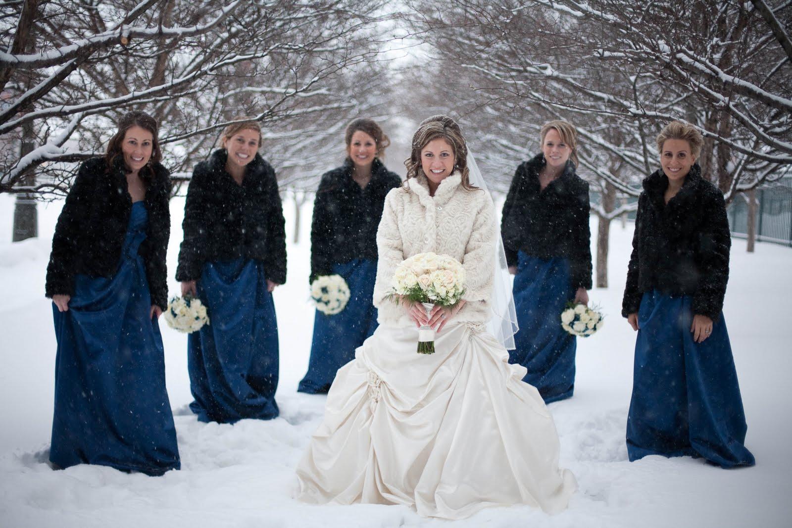 Look bon ton invitata matrimonio inverno