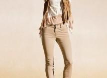 Quale colore di scarpe abbinare a pantaloni beige