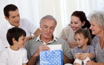 Dieci idee regalo Natale per il suocero