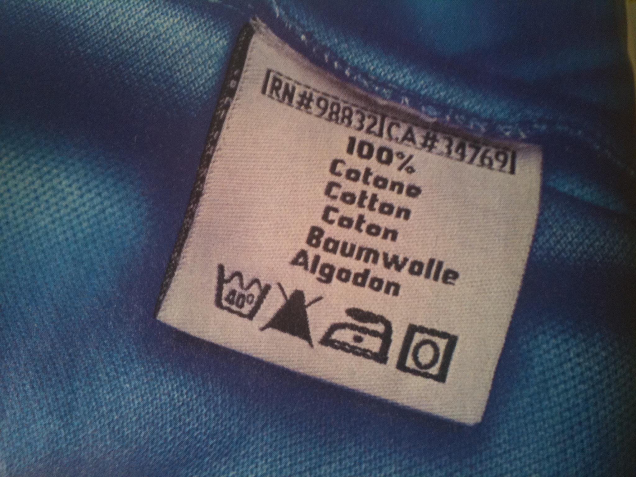Come leggere etichetta sui vestiti