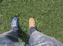 Quale colore di scarpe abbinare a pantaloni blu
