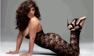 Chi è Candice Huffine prima modella curvy Calendario Pirelli 2015