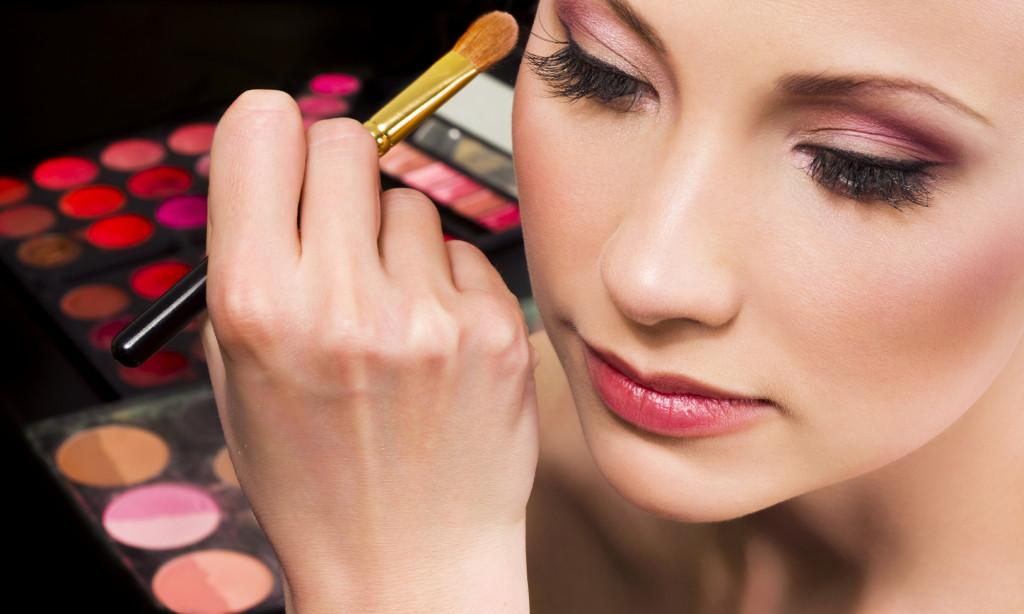 Quali scuole Bologna per diventare Make up artist