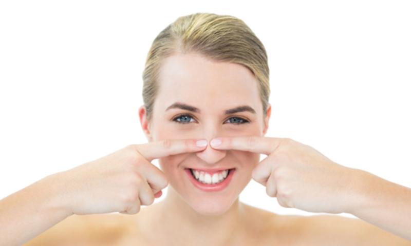 Come fare trattamento vapore per eliminare punti neri naso