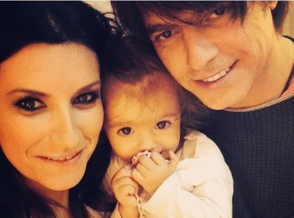 Chi è padre secondo figlio Laura Pausini