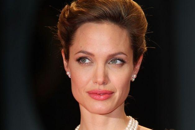 Quali alimenti dieta sei pasti al giorno Angelina Jolie