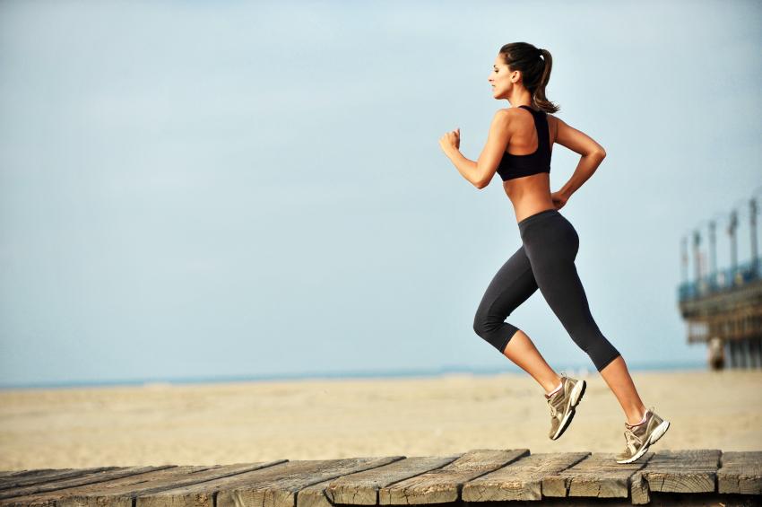 Esercizi primaverili per combattere cellulite prova costume