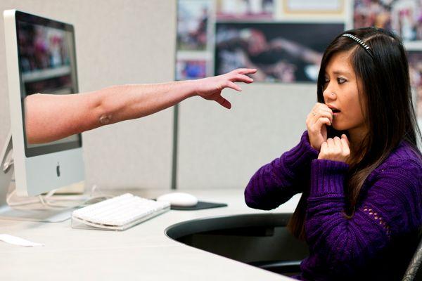 Come segnalare molestie su Facebook