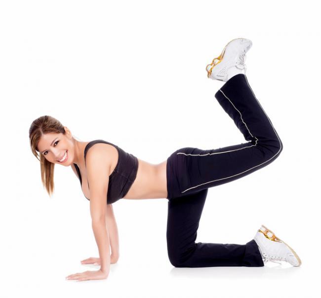 Esercizi gambe toniche come Jessica Alba
