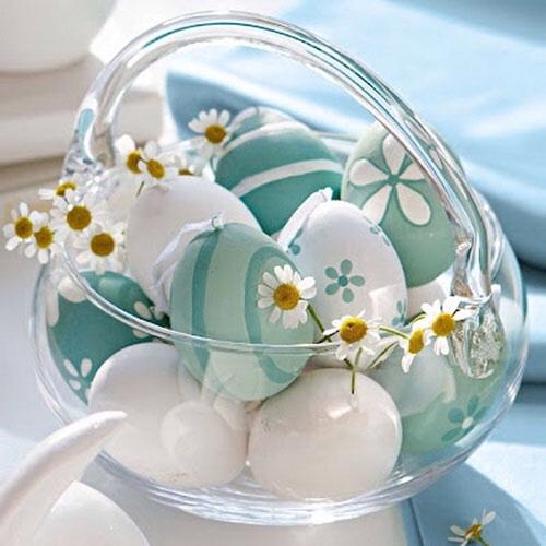 Centrotavola fai da te pasqua uova sode decorate colori pastello