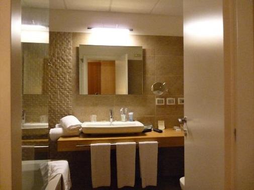 come dare al proprio bagno di casa l'aspetto di una spa - donne ... - Bagno Di Casa