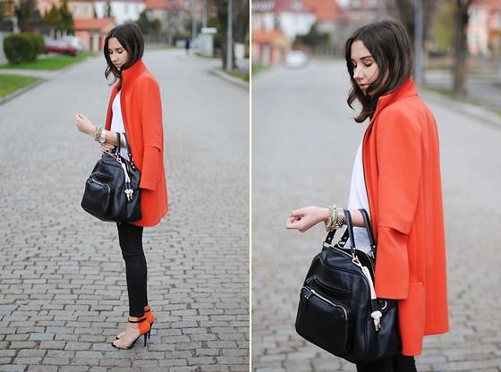 cosa abbinare a cappotto arancione