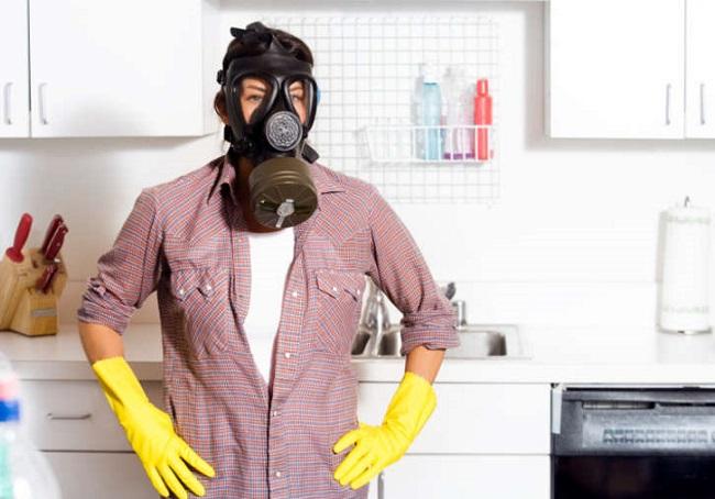 Rimedi fai da te per eliminare odore di fumo a casa