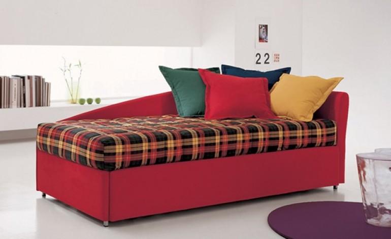 Come trasformare un letto singolo in un divano - Trasformare divano in divano letto ...