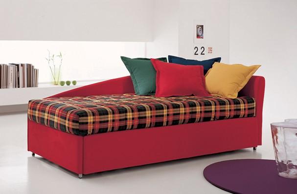 Come trasformare un letto singolo in un divano - Trasformare letto singolo in divano ...