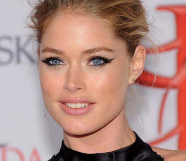 Tutorial cat eye Doutzen Kroes