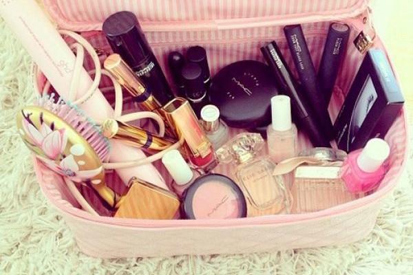 Cosa mettere nel beauty case per le vacanze