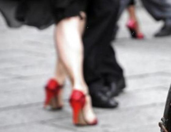 004908_00_il tango arriva in piazza