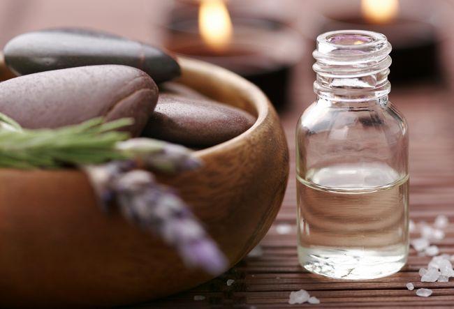 Olii essenziali biologico contro anticellulite
