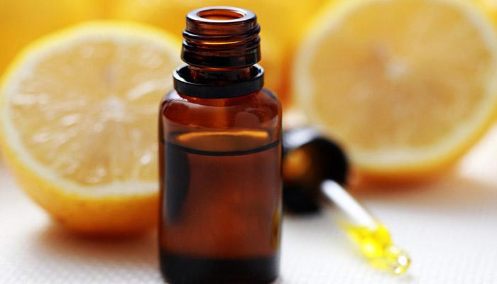 Olio essenziale biologico per rafforzare unghie