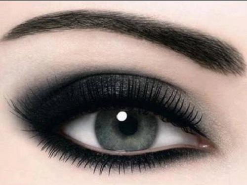 Tutorial trucco smokey eyes metallizzato