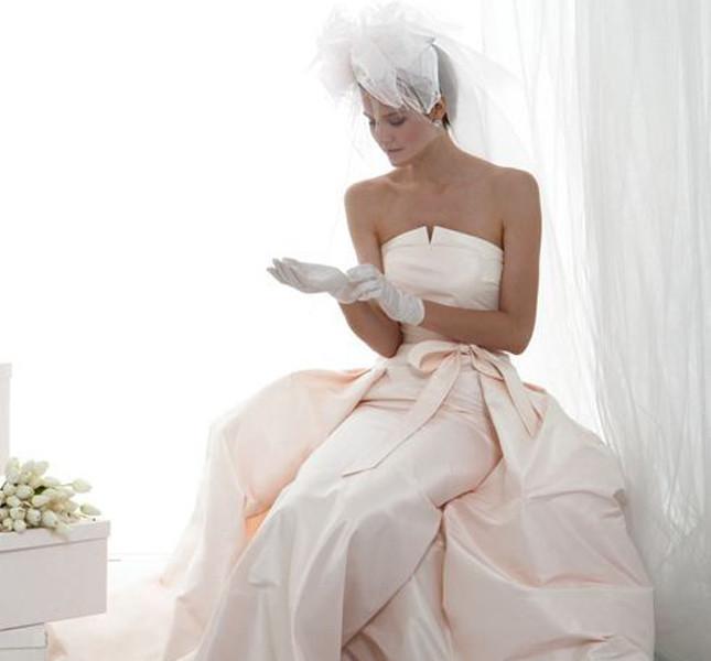 Abiti sposa con guanti lunghi