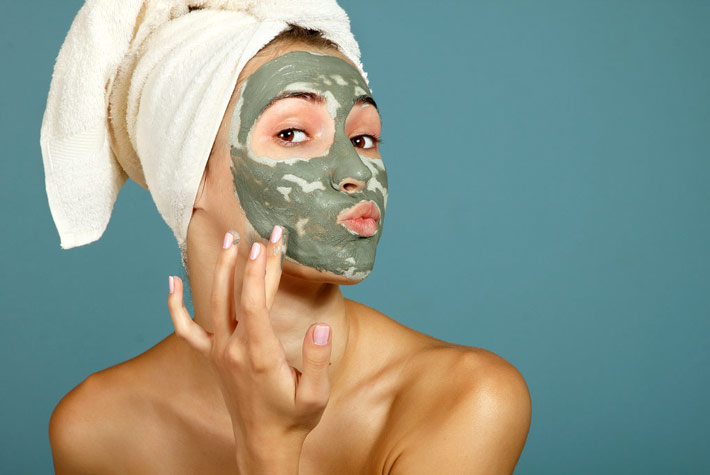 Maschera viso pelli grasse miele argilla verde e limone