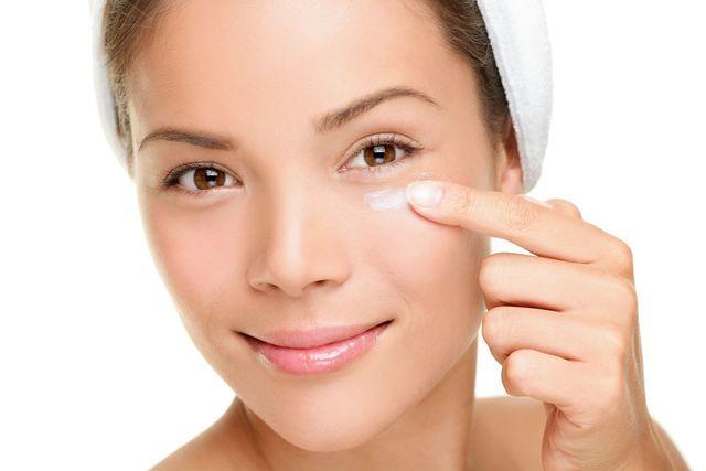 Quale crema efficace da rughe sotto risposte di occhi